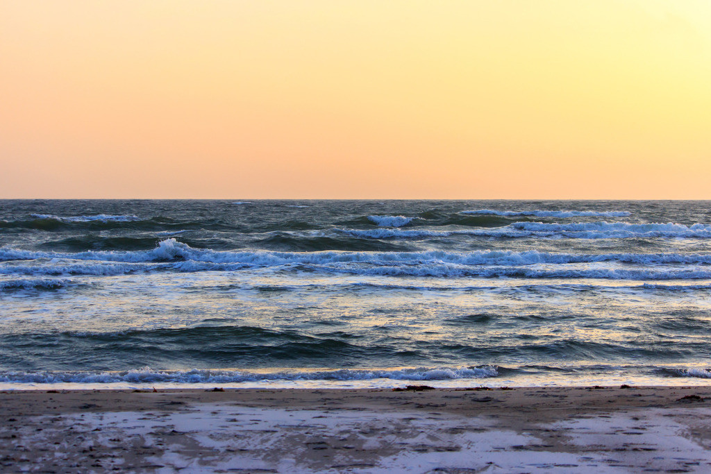 Morgenrot an der Ostsee | Morgenrot am Strand in Damp
