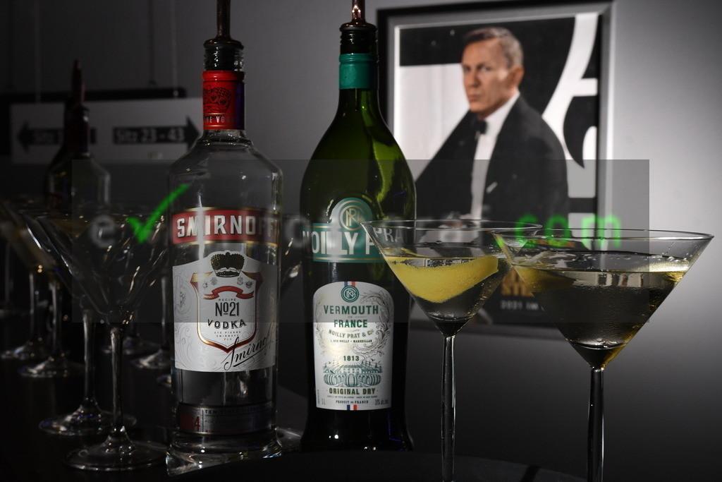 """BOND_Fanscreeening-Koeln_2809.JPG101   Bond Fanscreening """"Keine Zeit zu sterben"""" im Koelner Cinedom 28.09.2021 Foto eventfotograf.com"""