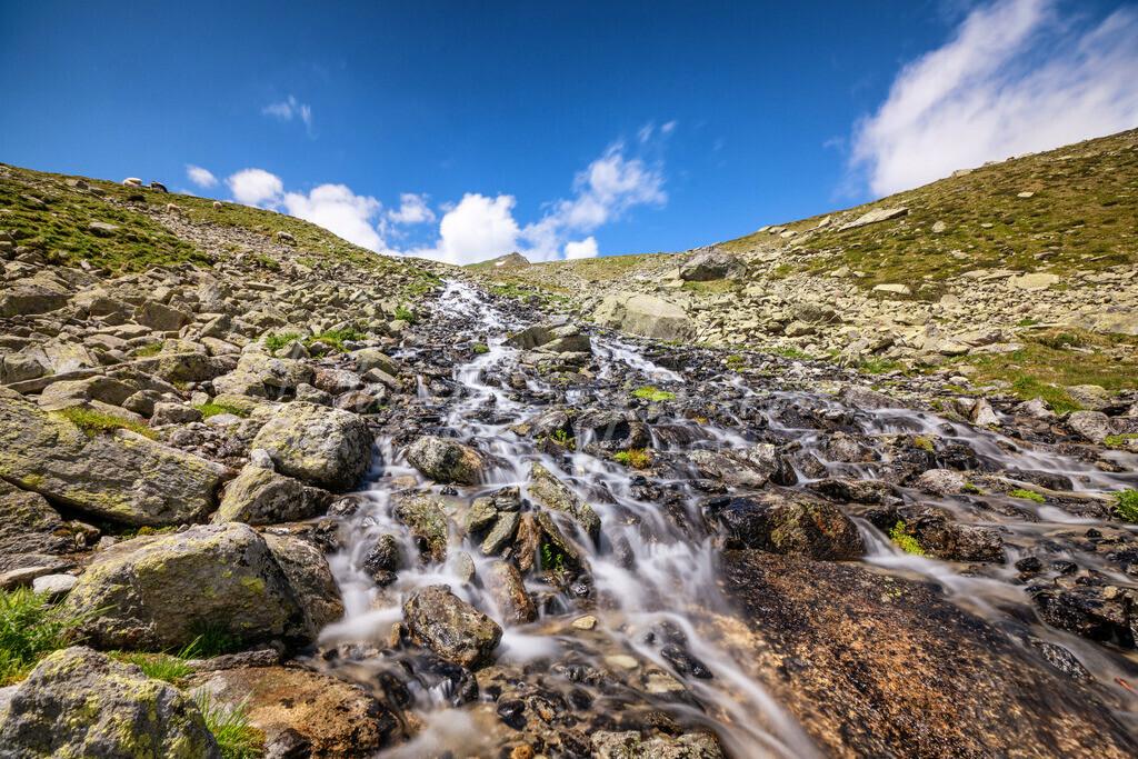 Kühtai | Wasserfallartiger Bach im Kühtai