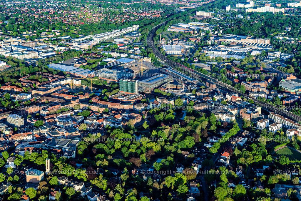 Hamburg Bergedorf_D_ELS_5285160520 | Hamburg - Aufnahmedatum: 16.05.2020, Aufnahmehöhe: 438 m, Koordinaten: N53°29.537' - E10°13.748', Bildgröße: 7850 x  5233 Pixel - Copyright 2020 by Martin Elsen, Kontakt: Tel.: +49 157 74581206, E-Mail: info@schoenes-foto.de  Schlagwörter:Hamburg,Bergedorf,Luftbild,Luftbilder,Deutschland