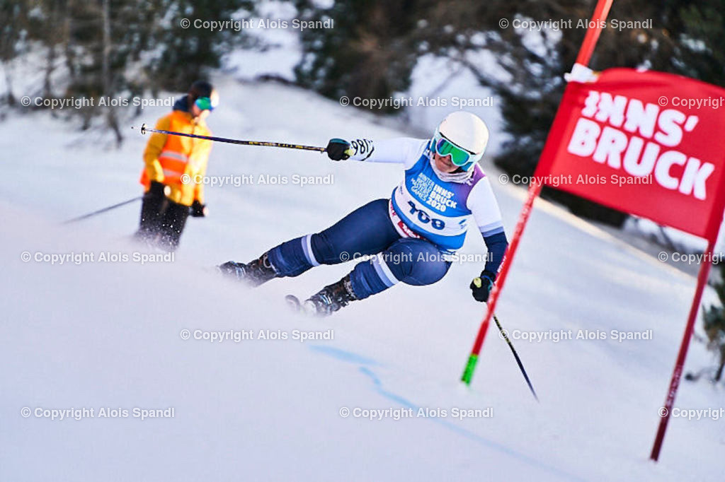 ALS6026_WWMG_GS-II_C   (C) FotoLois.com, Alois Spandl, WinterWorldMastersGames 2020 Innsbruck, Giant Slalom-II Gruppe C Damen, Patscherkofel Olympiaabfahrt, Mi 15. Jänner 2020.