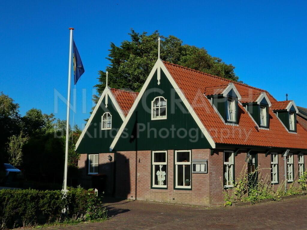 De Waal  | De Waal ist das kleinste Dorf der Insel Texel. De Waal besticht durch die Architektur der Häuser. Die gemütliche Atmosphäre in De Waal lädt zum Verweilen ein und bietet Entschleunigung pur.