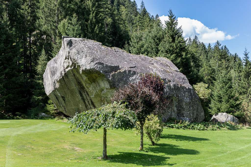 Felsen auf dem Golfplatz
