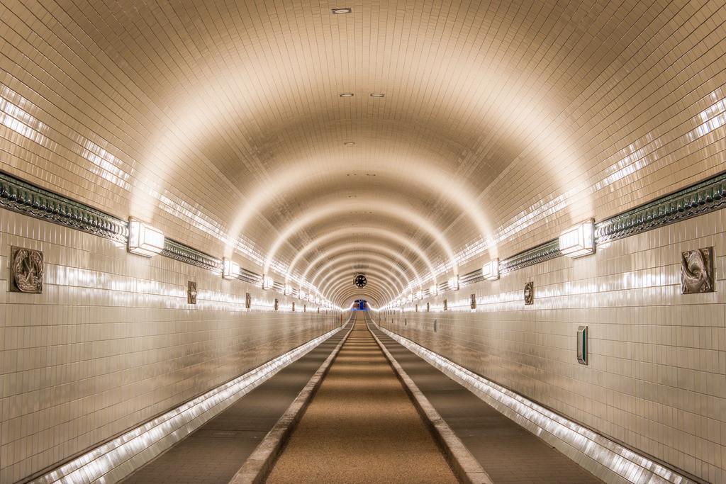 The Tunnel | Der Alte Elbtunnel nach der Sanierung