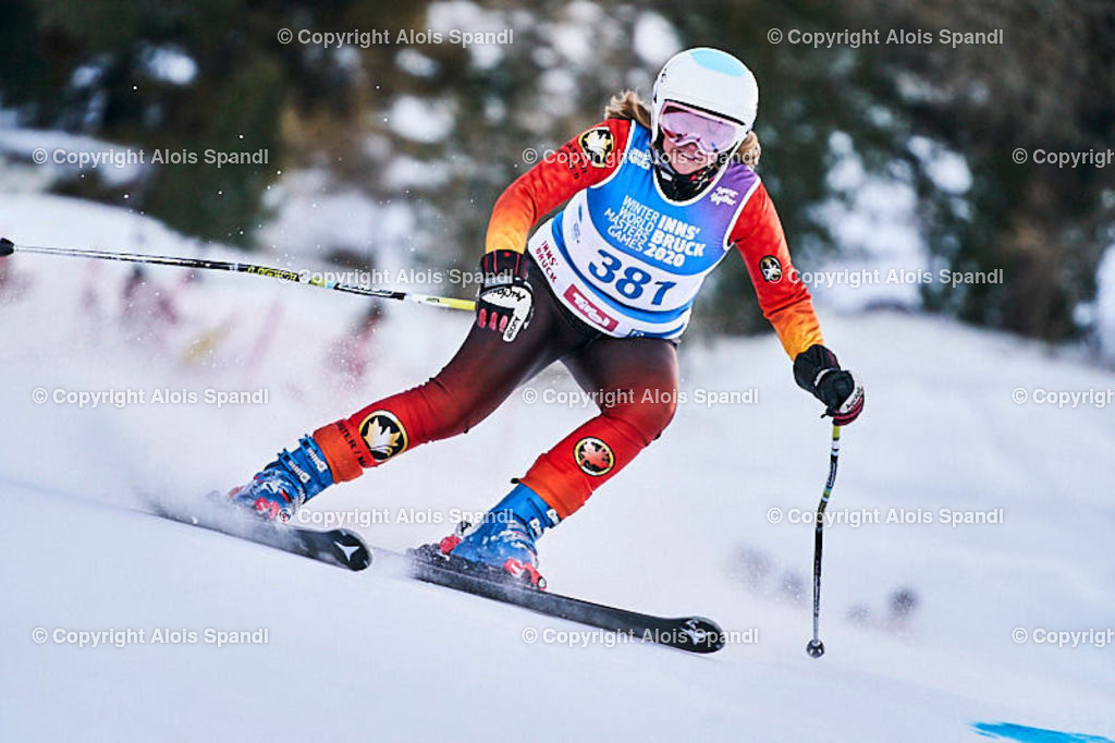 ALS5590_WWMG_GS-II_C   (C) FotoLois.com, Alois Spandl, WinterWorldMastersGames 2020 Innsbruck, Giant Slalom-II Gruppe C Damen, Patscherkofel Olympiaabfahrt, Mi 15. Jänner 2020.