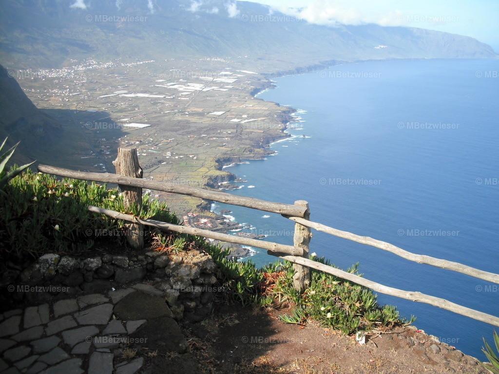 DSCF0204 | Blick vom Mirador La Pena auf das Golfotal auf El Hierro