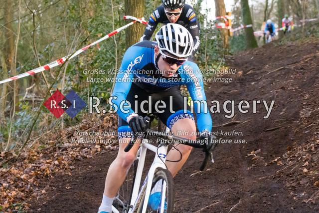 Radsport, Stevens Cyclocross Cup 2019, 10. Lauf (RSG Nordheide), Rennen 9 (Elite Herren + U23, Masters 2 / Elite Ü40 und Junioren U19), Buchholz i.d.N., 19.01.2020   Bosse Kahlstorf (Radsportteam Uelzen, #53, Elite)