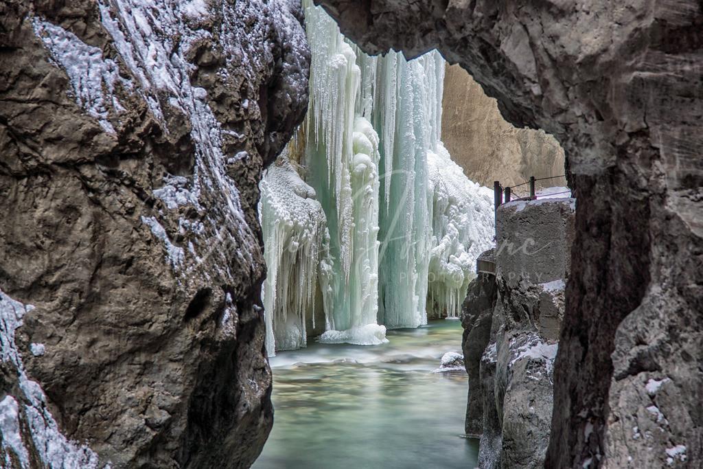 Partnachklamm   Die Partnachklamm bei Garmisch im Winter