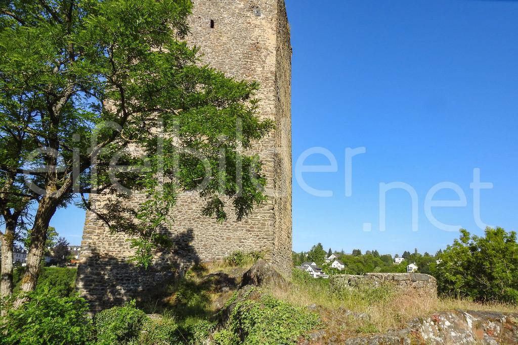 Burg Manderscheid | Teil der Oberburg in Manderscheid, Vulkaneifel