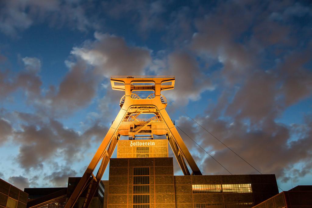 JT-140917-8951 | Welterbe Zeche Zollverein,  Doppelbock Fördergerüst, Schacht 12,