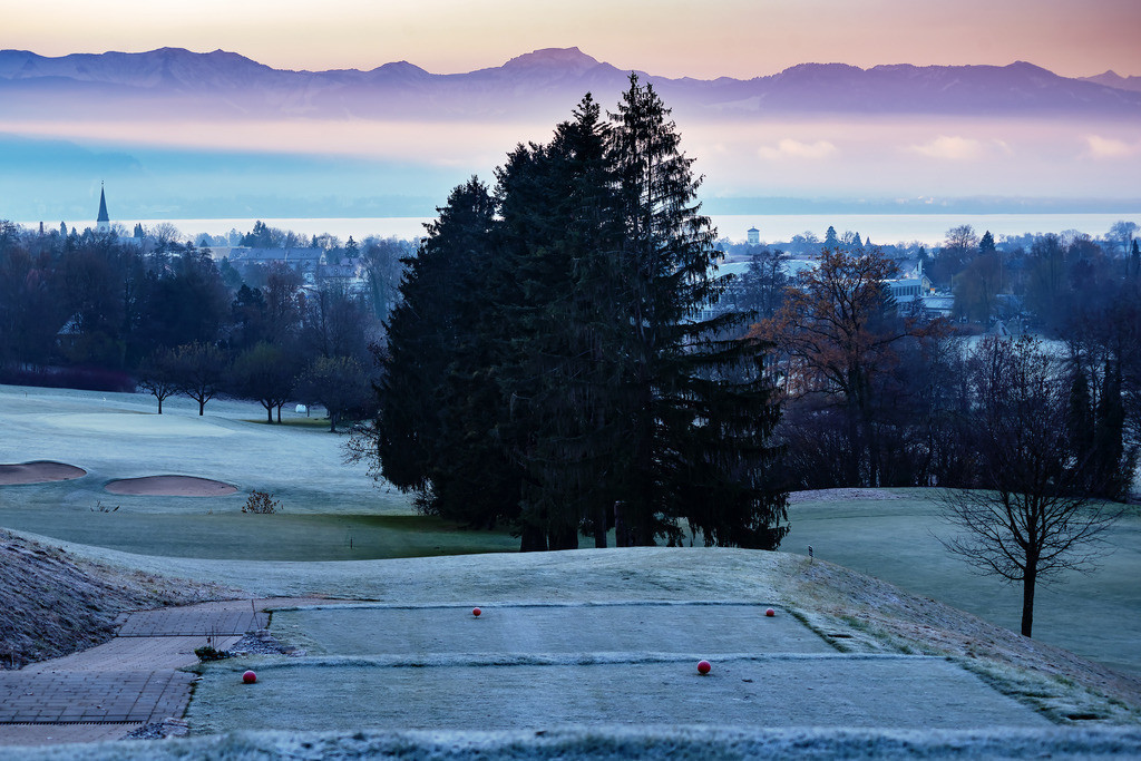 1. Frost am Golfplatz