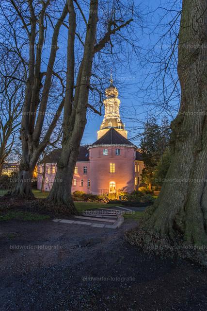 Schloss Jever am Abend | Schloss Jever zur blauen Stunde.