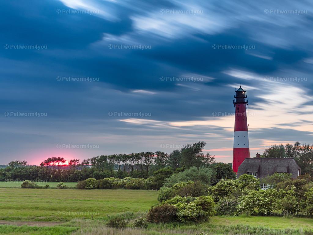 Ein Sommerabend am Pellwormer Leuchtturm