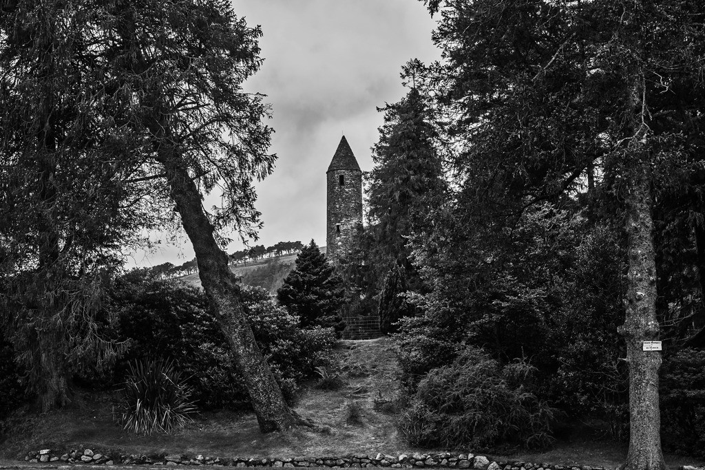 Ireland-Glendalough B+W4