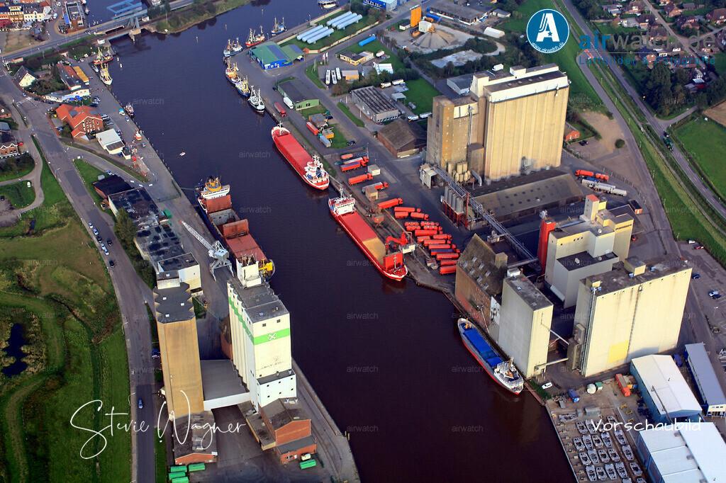 Luftbild Nordsee, Husum, Aussenhafen, ATR-Landhandel   Luftbild Nordsee, Husum, Aussenhafen, ATR-Landhandel • max. 4272 x 2848 pix.