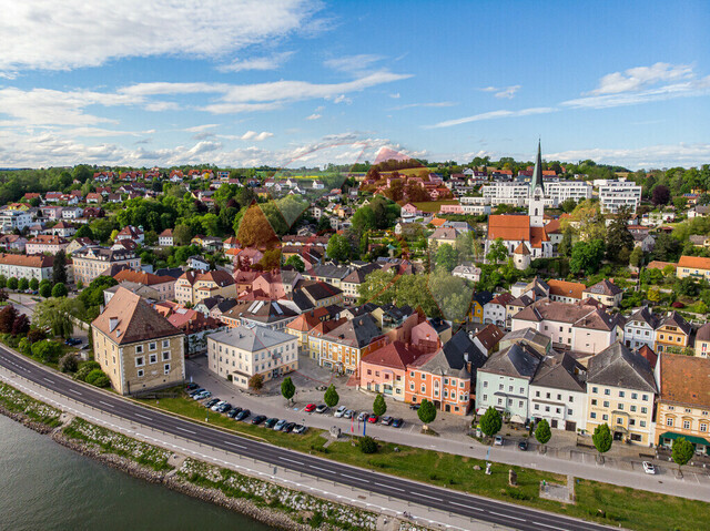 Blick auf Mauthausen | Schloß Pragstein, Mauthausen, Kay