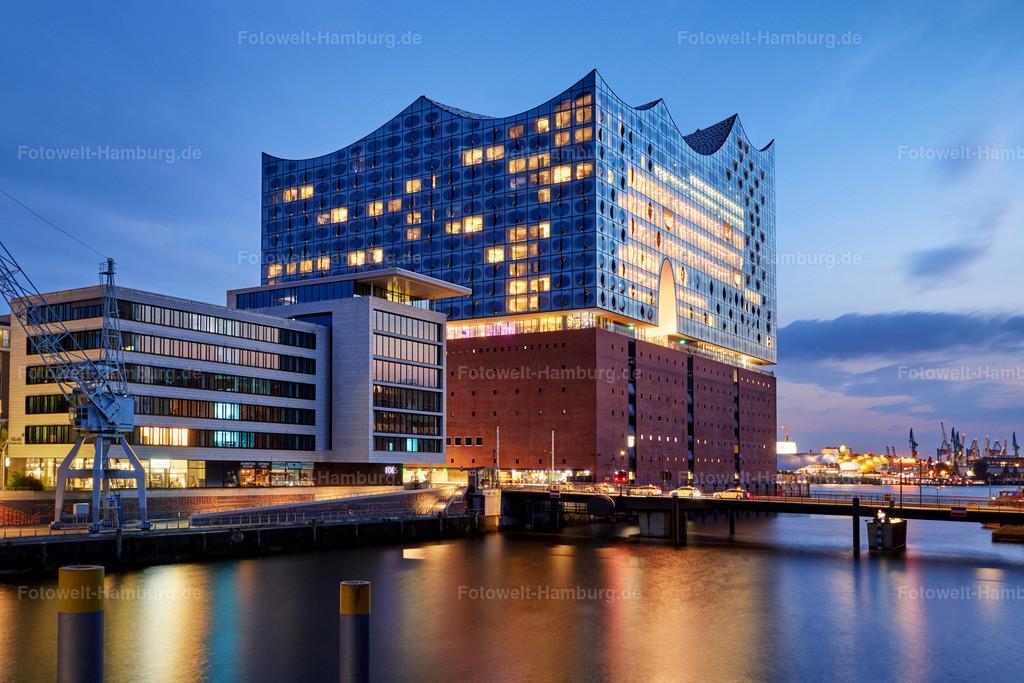 hamburg leinwand Elbphilharmonie zur blauen Stunde