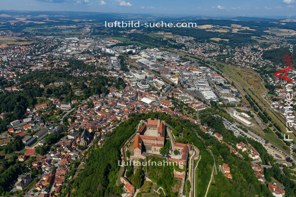 burg-kulmbach-19-685   aktuelles Luftbild von Burg  Kulmbach - Luftaufnahme wurde 2019 von https://frankenair.de mittels Flugzeug (keine Drohne) erstellt.