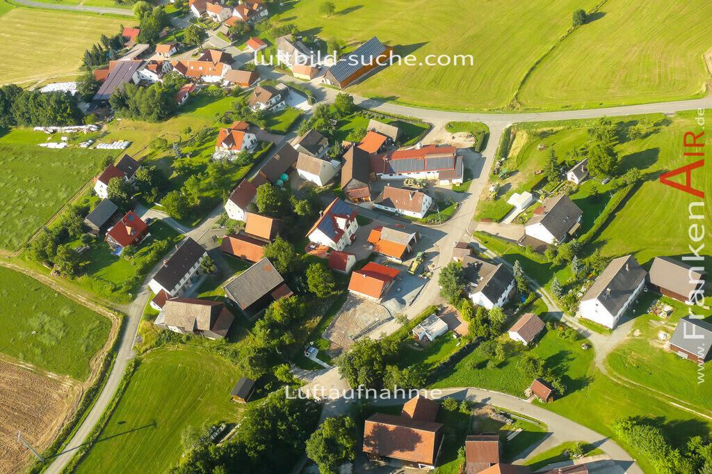 felkendorf-thurnau-2007-18   Luftbild von Felkendorf Thurnau - Luftaufnahme wurde 2007 von https://frankenair.de mittels Flugzeug (keine Drohne) erstellt - die Geschenkidee