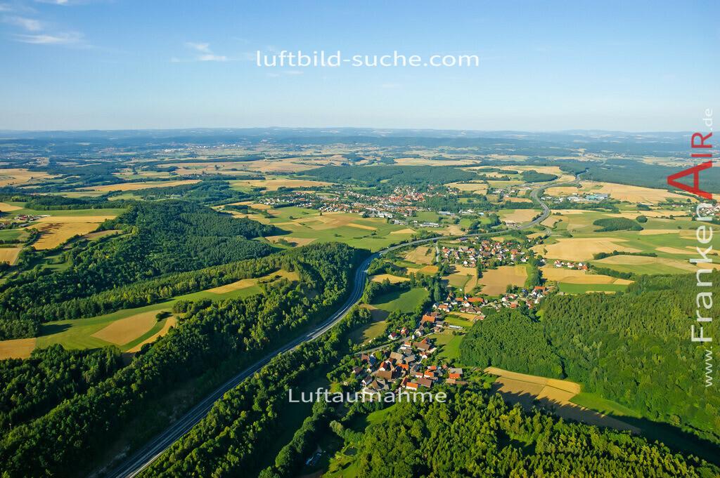 menchau-thurnau-2008-887 | Luftbild von Menchau Thurnau - Luftaufnahme wurde 2008 von https://frankenair.de mittels Flugzeug (keine Drohne) erstellt - die Geschenkidee