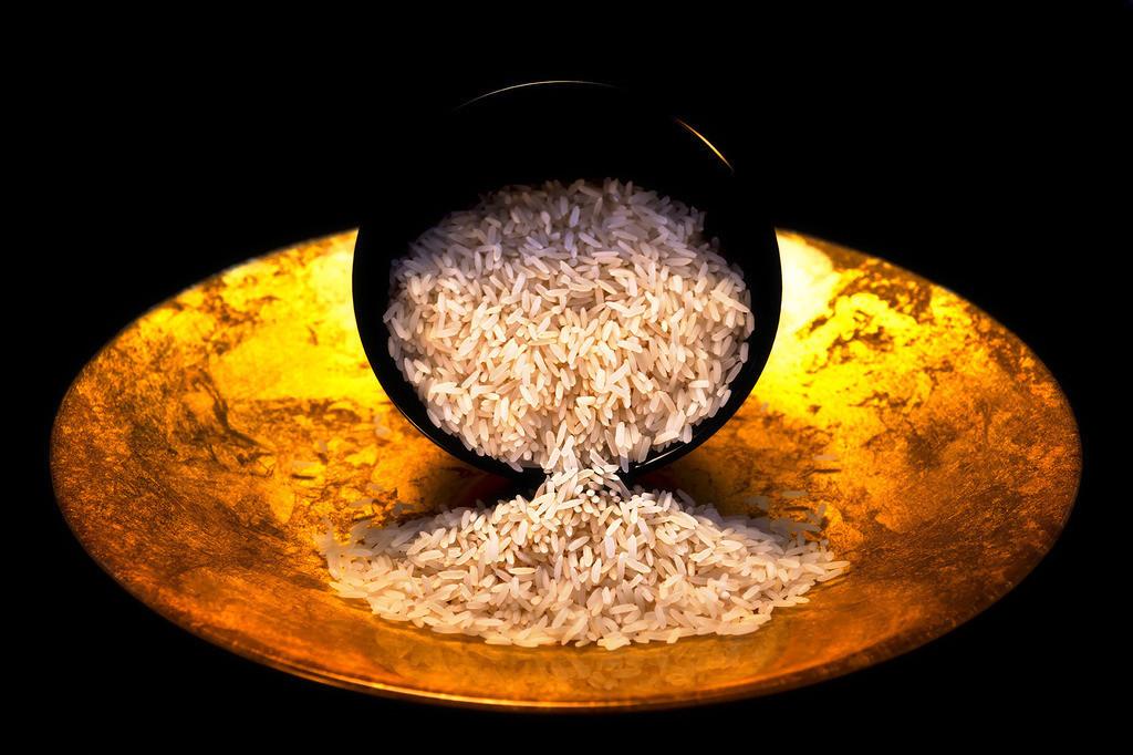 Aurum | Goldener Teller, Reischale mit ausfließendem Reis