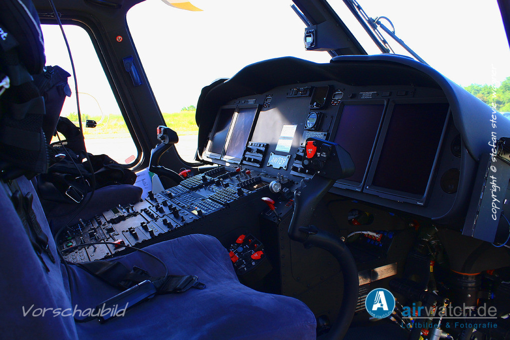 HeliService, Leonardo AW139, D-HHSH   Flughafen Husum, HeliService, Leonardo AW139 • 4272 x 2848 pix