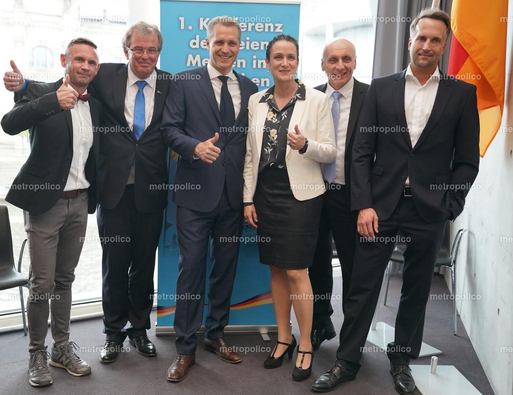 Konferenz der freien Medien im Bundestag von links nach rechts David Berger Udo Hemmelgarn Petr Bystron Nicole Höchst Uwe Schulz Ralf Höcker (5)