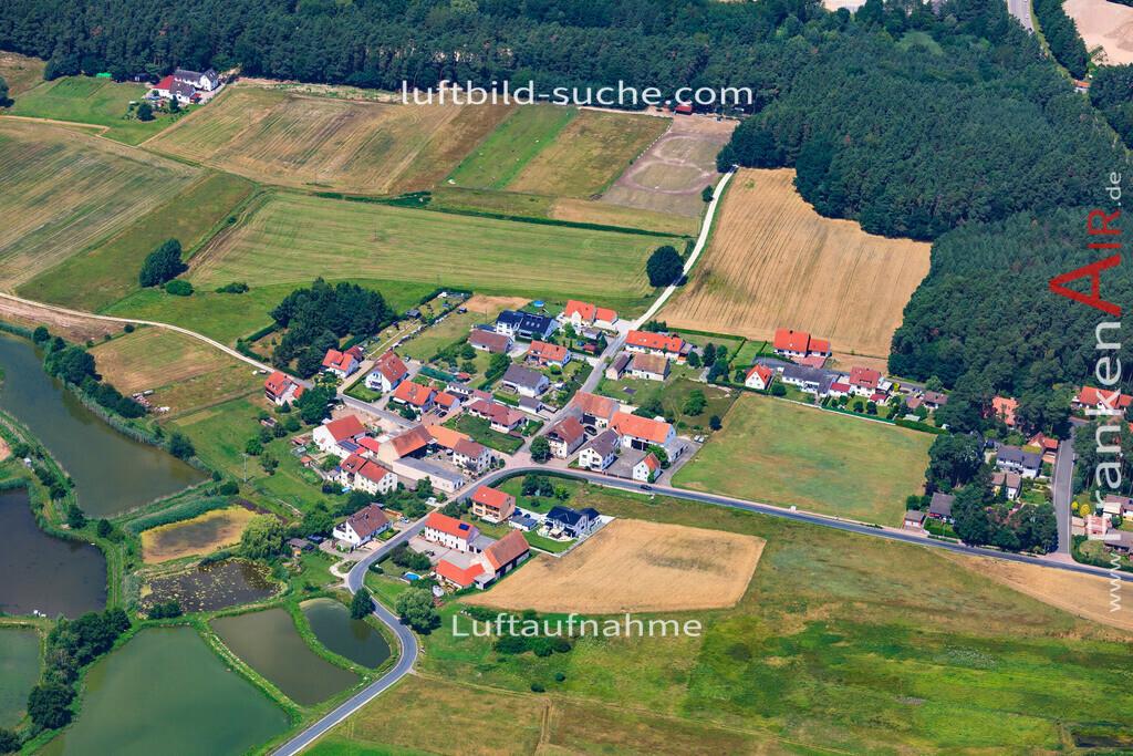 roehrach-hessdorf-17-4871 | Luftbild von Roehrach Hessdorf - Luftaufnahme wurde 2017 von https://frankenair.de mittels Flugzeug (keine Drohne) erstellt - die Geschenkidee