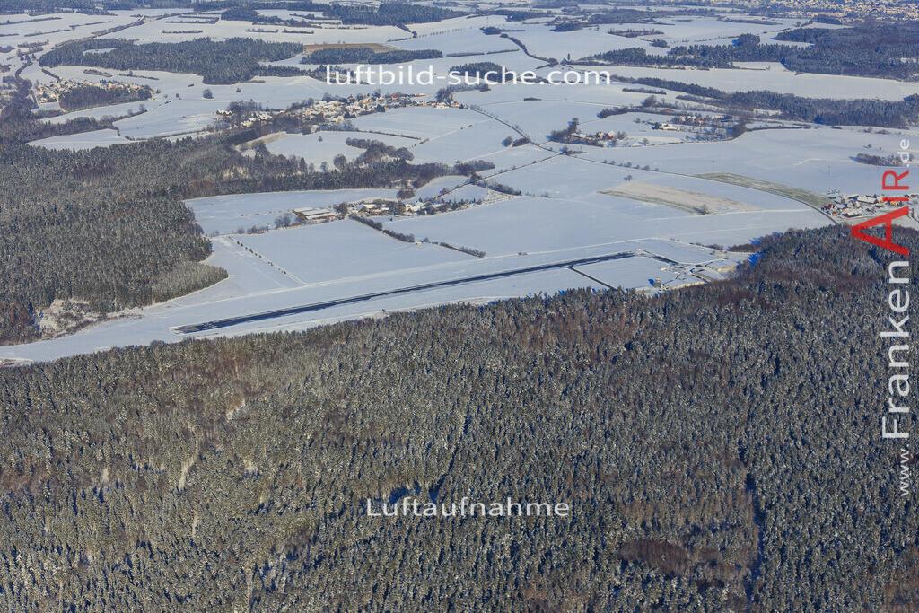 flugplatz-kulmbach-2016-1946 | Luftbild von Flugplatz Kulmbach - Luftaufnahme wurde 2016 von https://frankenair.de mittels Flugzeug (keine Drohne) erstellt - die Geschenkidee