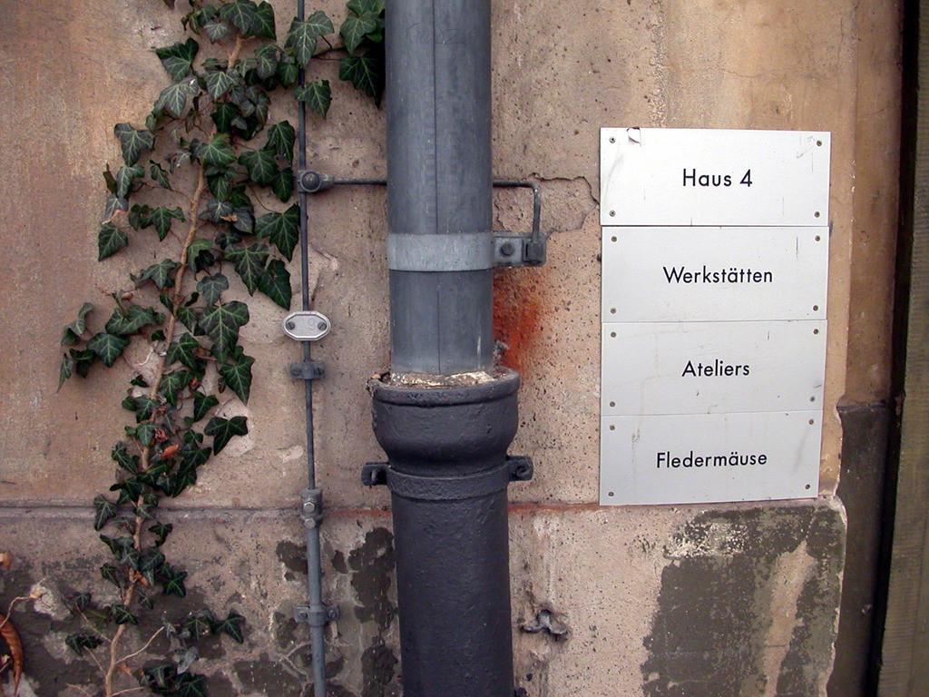 031116_1338_3195 | Berliner Detail