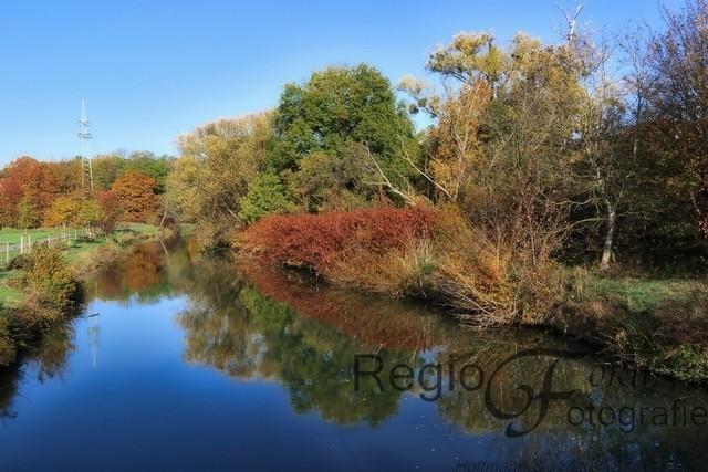 Herbstliche Innerste | Die Innerste zeigt sich im Herbst von ihrer bunten Seite