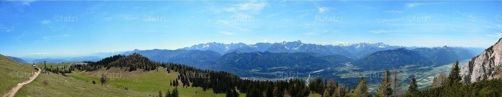 Dobr-Gams-Gipfelblick-Pano3-Druck-him