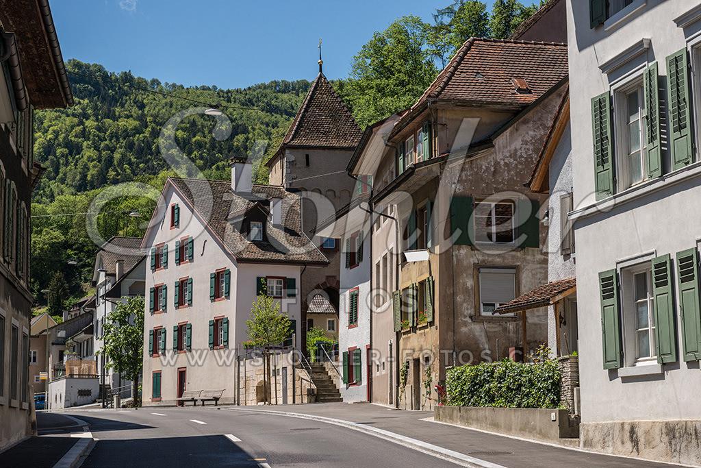 Oberes Stadttor, Waldenburg (BL) | Wohnhaus mit oberem Stadttor, Waldenburg im Kanton Baselland.