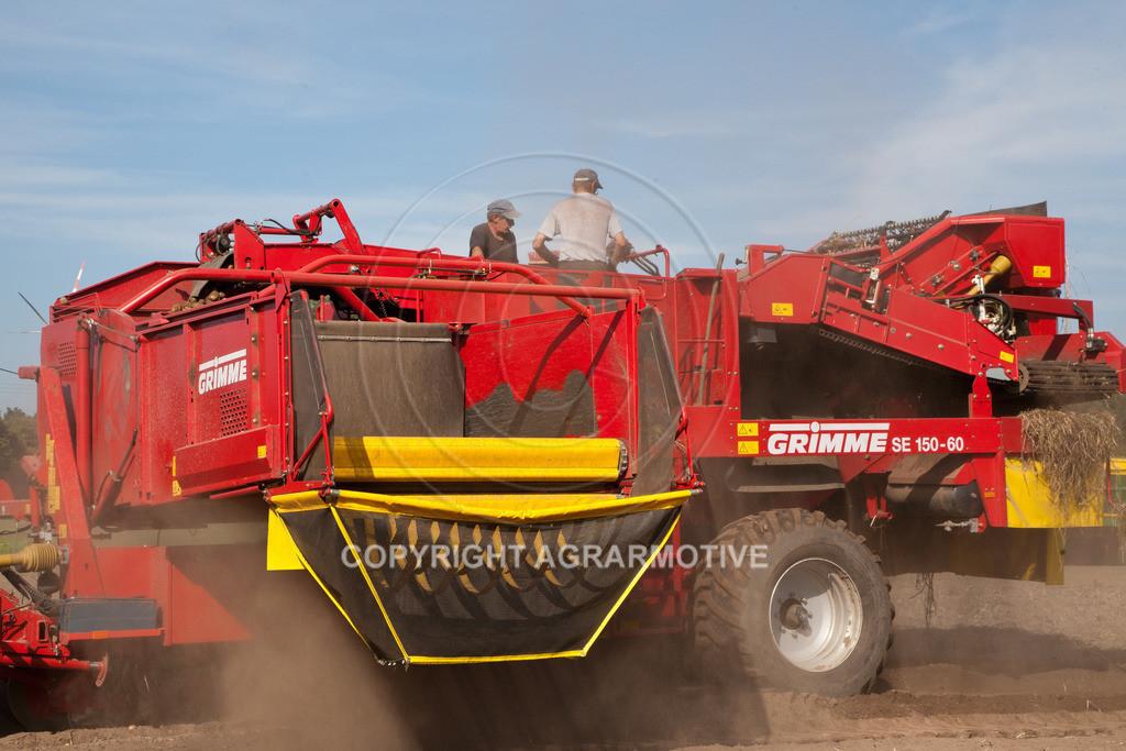 20110929-IMG_5867-ret | Ernte auf einem Kartoffelfeld - AGRARBILDER