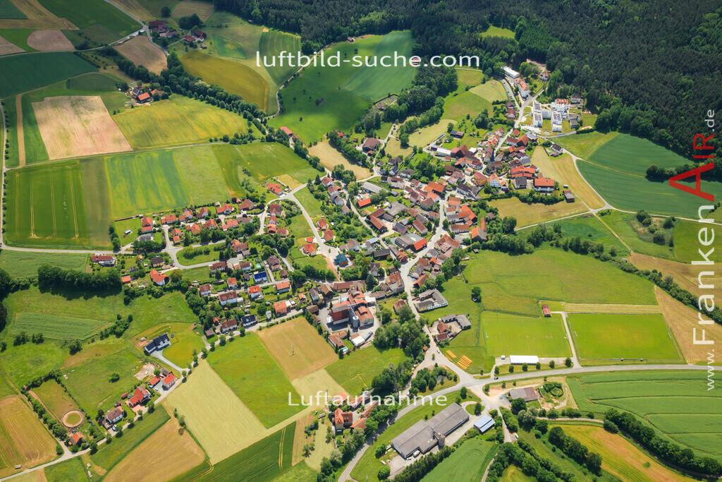 hutschdorf-thurnau-2013-2473 | Luftbild von Hutschdorf Thurnau - Luftaufnahme wurde 2013 von https://frankenair.de mittels Flugzeug (keine Drohne) erstellt - die Geschenkidee