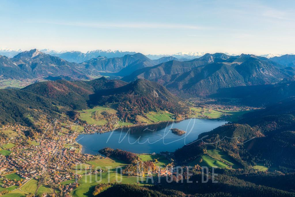 Der Schliersee   Der See liegt schön eingebettet in den Voralpen