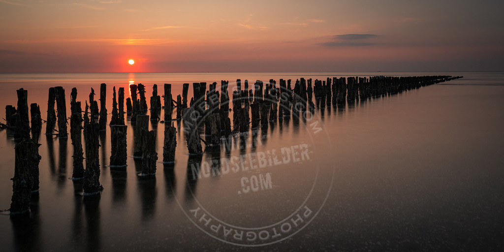 _MGB5402 | Stuffhusen im Sonnenuntergang
