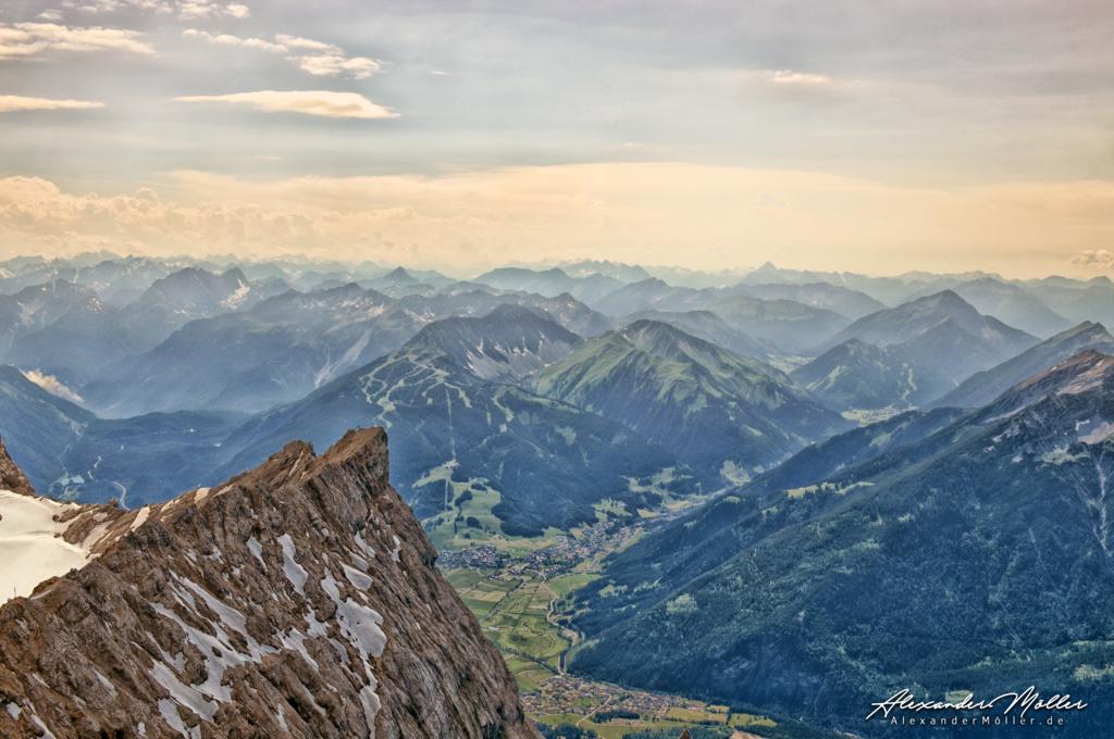 Zugspitze No.2 | Die Zugspitze - Hochwertige Bilder von Alexander Möller. Verschiedene Formate und Fotoprodukte im AlexanderMöller.de Bildershop