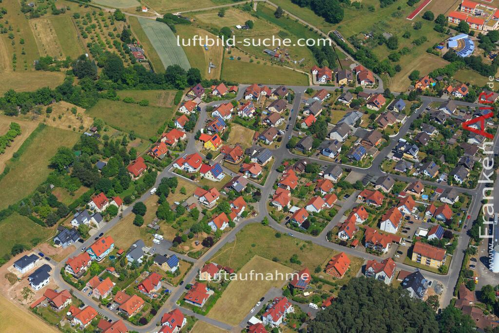 trosdorf-bischberg-2015-147 | Luftbild von Trosdorf Bischberg - Luftaufnahme wurde 2015 von https://frankenair.de mittels Flugzeug (keine Drohne) erstellt - die Geschenkidee