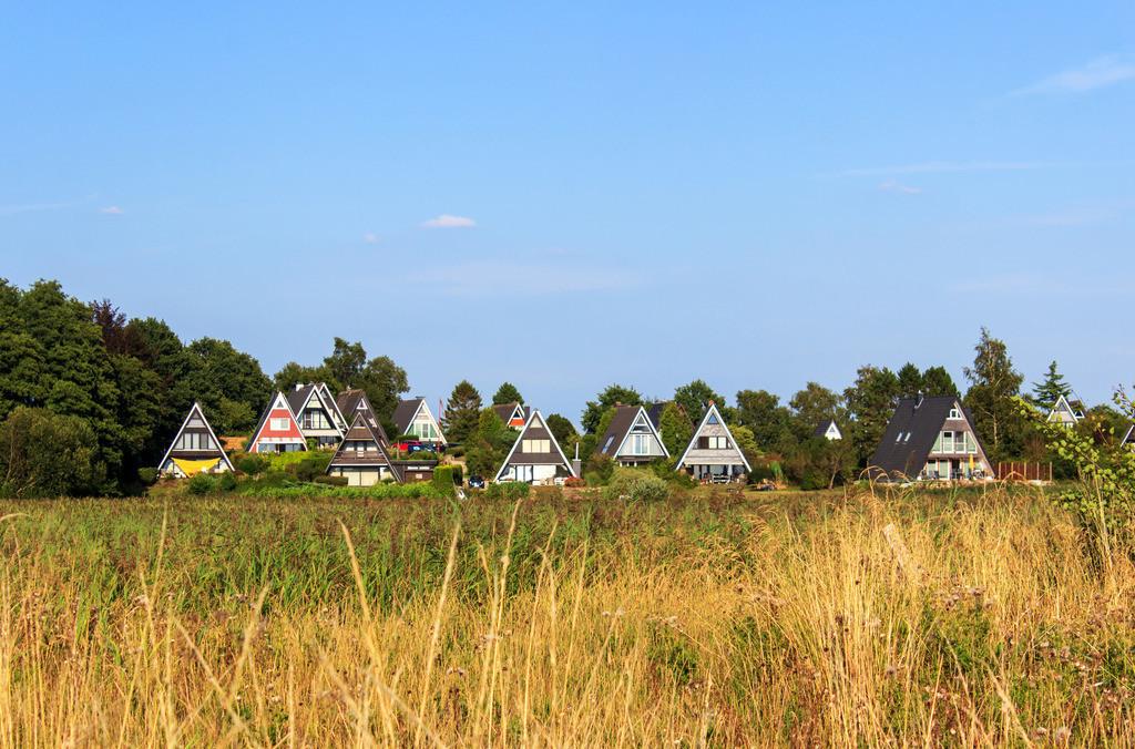 Burg an der Schlei | Häuser am Schleistrand in Burg