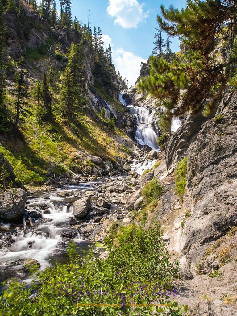 Mystic Falls | Langzeitbelichtung Mystic Falls im Herzen des Yellowstone NP