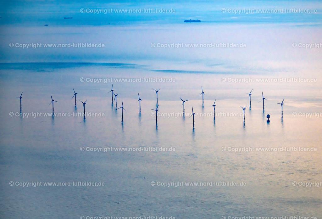 Windpark Offshore Außenweser_ELS_3182070619 | Nordergründe - Aufnahmedatum: 07.06.2019, Aufnahmehöhe: 1539 m, Koordinaten: N53°41.394' - E8°07.160', Bildgröße: 6912 x  4696 Pixel - Copyright 2019 by Martin Elsen, Kontakt: Tel.: +49 157 74581206, E-Mail: info@schoenes-foto.de  Schlagwörter:Niedersachsen,Offshore,Nordergründe,Windräder,Stromerzeugung,Luftbild, Luftbilder, Deutschland