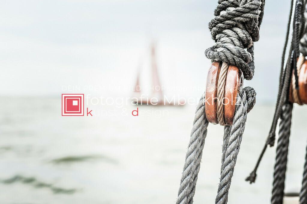 @Marko_Berkholz_mberkholz_MBE6602 | Die Bildergalerie Zeesenboot | Maritim | Segel des Warnemünder Fotografen Marko Berkholz zeigt maritime Aufnahmen historischer Segelschiffe, Details, Spiegelungen und Reflexionen.