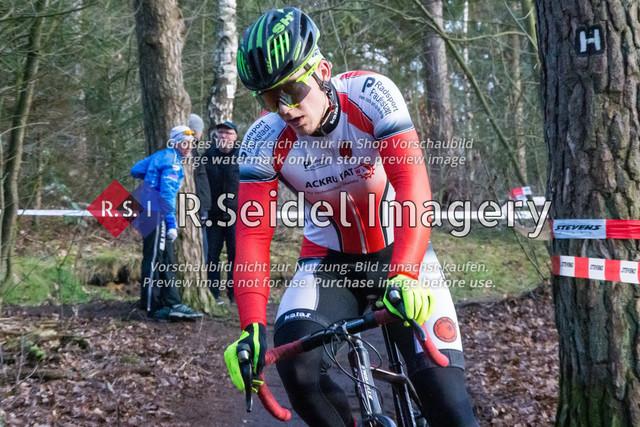 Radsport, Stevens Cyclocross Cup 2019, 10. Lauf (RSG Nordheide), Rennen 9 (Elite Herren + U23, Masters 2 / Elite Ü40 und Junioren U19), Buchholz i.d.N., 19.01.2020   Sönke Liedtke (Radsportteam Neumünster, #48, Elite)