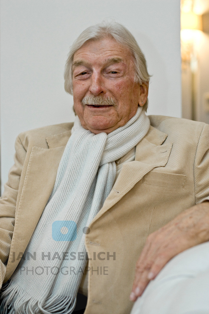 James Last | Fototermin mit James Last am 4.11.08 in Hamburg. Anläßlich der bevorstehenden Jubiläumstournee, die im April 2009 startet. James Last wird 80 und dementsprechend heißt seine Geburtstagstournee