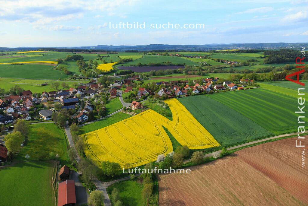 hutschdorf-hutschdorf-2015-3445 | Luftbild von  Hutschdorf - Luftaufnahme wurde 2015 von https://frankenair.de mittels Flugzeug (keine Drohne) erstellt - die Geschenkidee