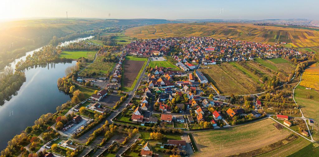 L_JSUnbenanntes_Panorama1_20171019_Sommerach