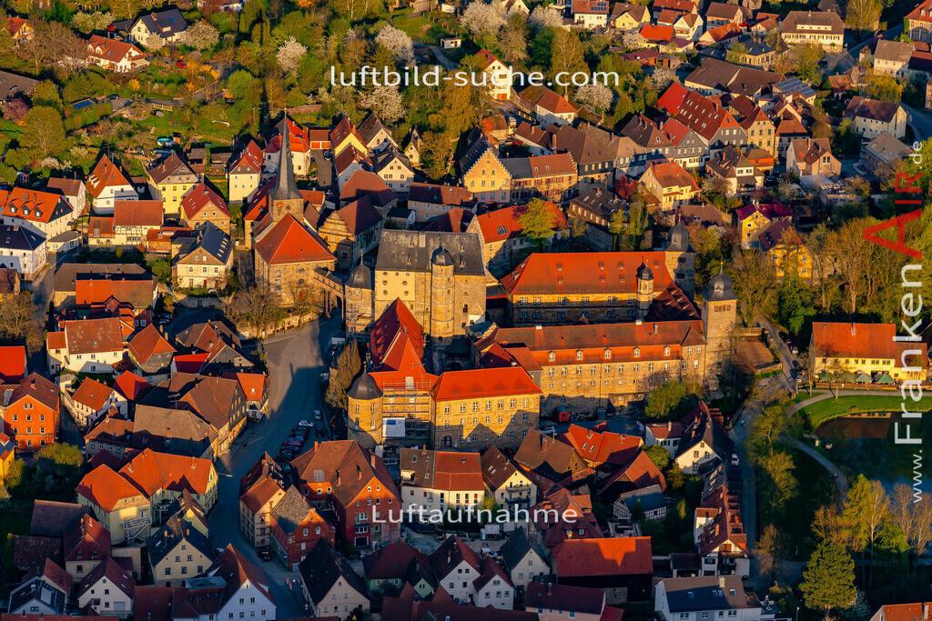 schloss-thurnau-18-208 | aktuelles Luftbild von Schloss Thurnau - Luftaufnahme wurde 2018 von https://frankenair.de mittels Flugzeug (keine Drohne) erstellt.