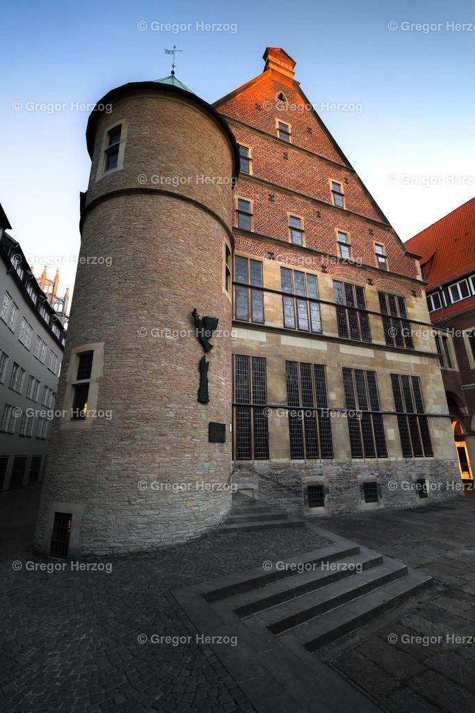 Historisches Rathaus  | Reihe Münster erwacht
