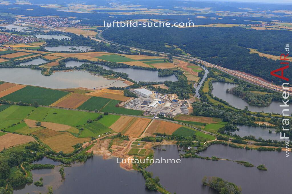 bischberg-2016-3945 | Luftbild von  Bischberg - Luftaufnahme wurde 2016 von https://frankenair.de mittels Flugzeug (keine Drohne) erstellt - die Geschenkidee